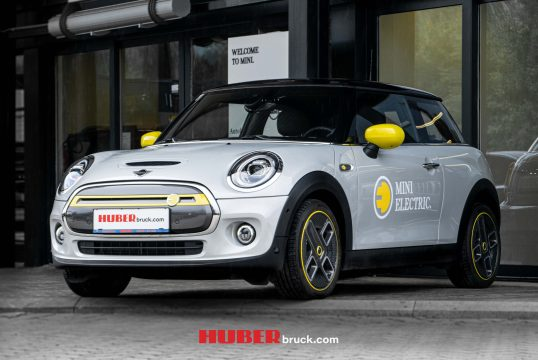 Der MINI Electric im Autohaus Huber!